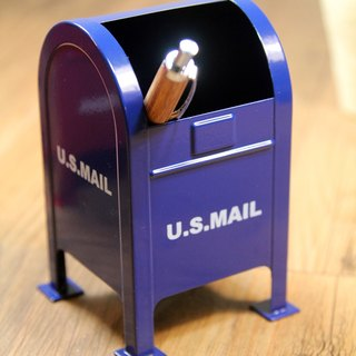 SUSS-Japan Magnets American Retro Postbox Style Storage Pen Holder/Pen Box (Blue)
