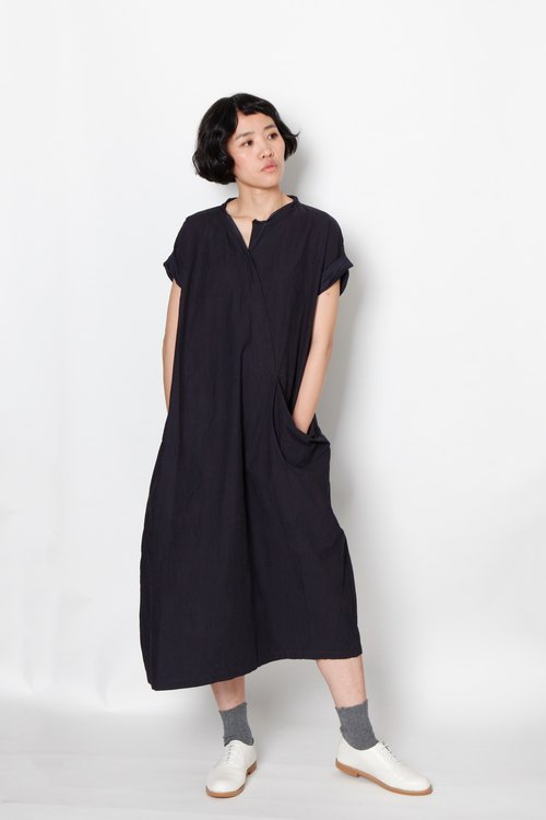 And - Meditators - Oblique Open-top large-pocket dresses