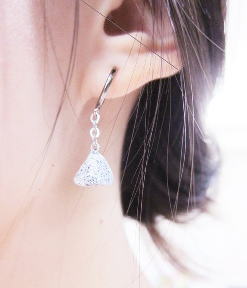 [Mineral - Triangular earrings]