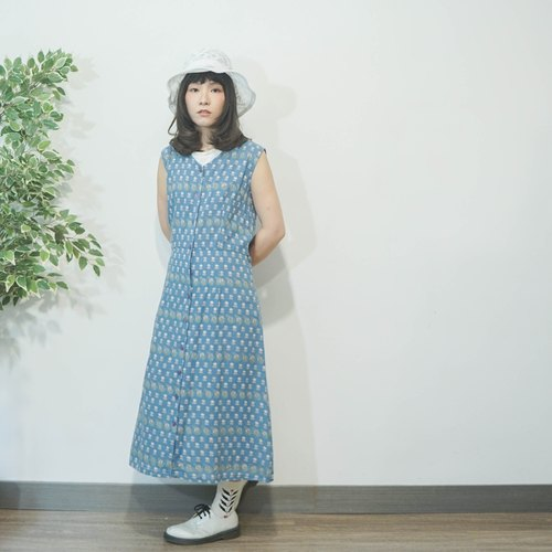 60s Vintage pastel blue floral cotton sleeveless dress