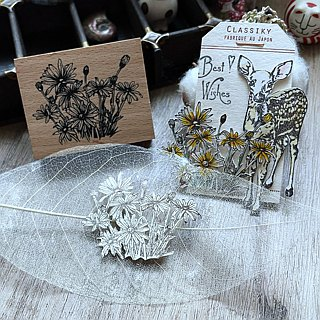 Hand- drawn stamp Hidden-love Little daisies in my heart