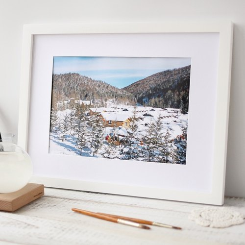 "Tour Tu | Travel photography decorative painting ""Snow Village"" original fresh snow Snow Village House Cafe & Gifts"