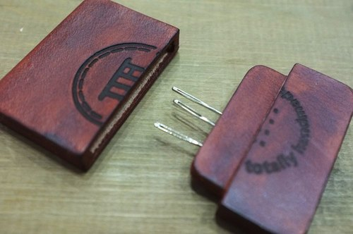 Hand made of leather dyeing needle cassette