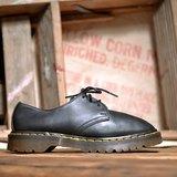 《Dr. Martens Shoes》黑色經典1461馬汀鞋 DME07