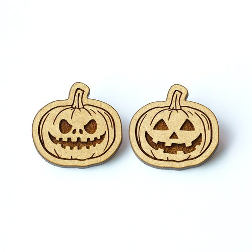 wood brooch - Halloween