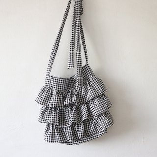 Ruffle Bag in gingham - Only one piece