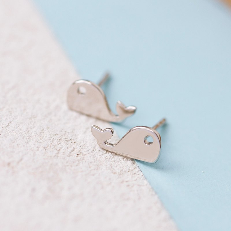 Whale Earring in Brass with white gold plating.