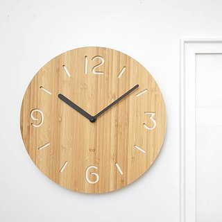 LOO bamboo wall clock mute |. Round white figures
