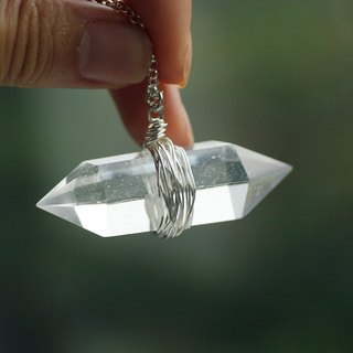 Double sharp white crystal necklace white crystal energy neutral men and women can*solitary goods*