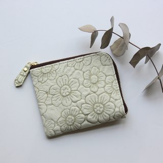 Pigskin's slim mini wallet Flower White