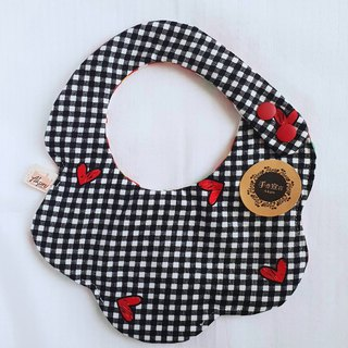 Plaid love - with the arc shape seven-layer cotton bibs saliva towel