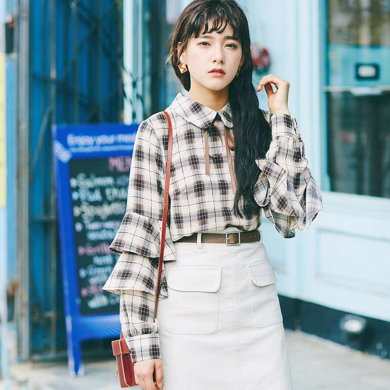 2019 women's spring new ruffled sleeve plaid shirt shirt GRQ-2090