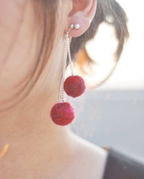 A pair of small cherry wine red wool felt handmade earrings wild needle felt Christmas New Year