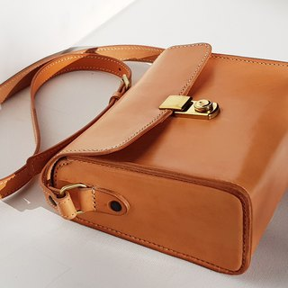 Small Leather Crossbody Bag / Classic Bag / Crossbody Purse / Small Handbag