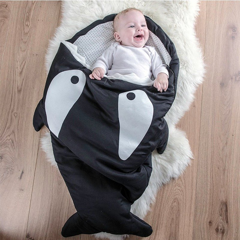 [Spanish] Shark bite a BabyBites cotton baby multi-purpose sleeping bag - small killer whale