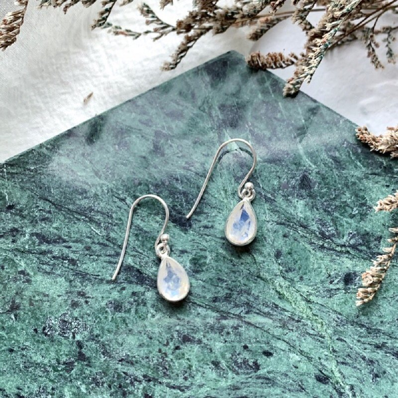 Moonstone 925 sterling silver simple striped earrings drop gemstone