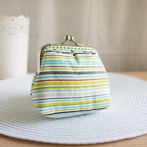 Lovely * horizontal striped large capacity gold pocket ‧ purse * blue and green (Japanese cloth)