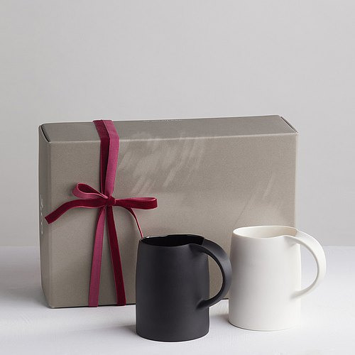 【3, co】 water mug gift set (2 pieces) - white + black