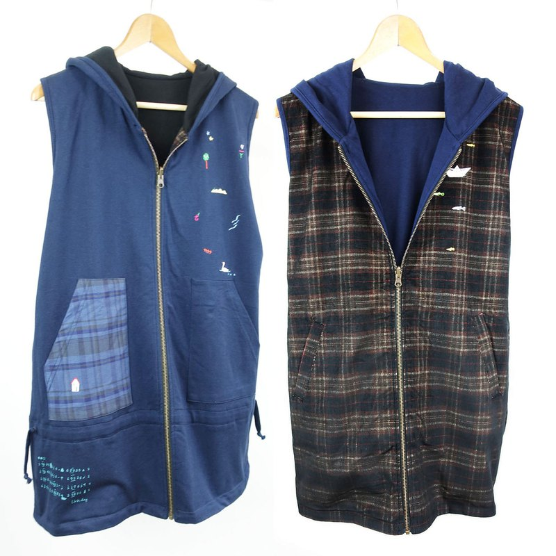 Creek + paper boat water and grass double-sided wearable / vest jacket