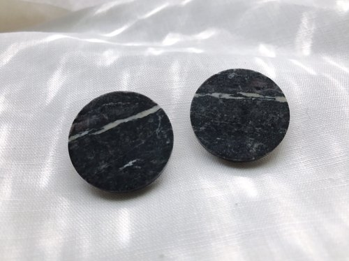 szu-works | retro simple discs natural stone texture ear (clip)