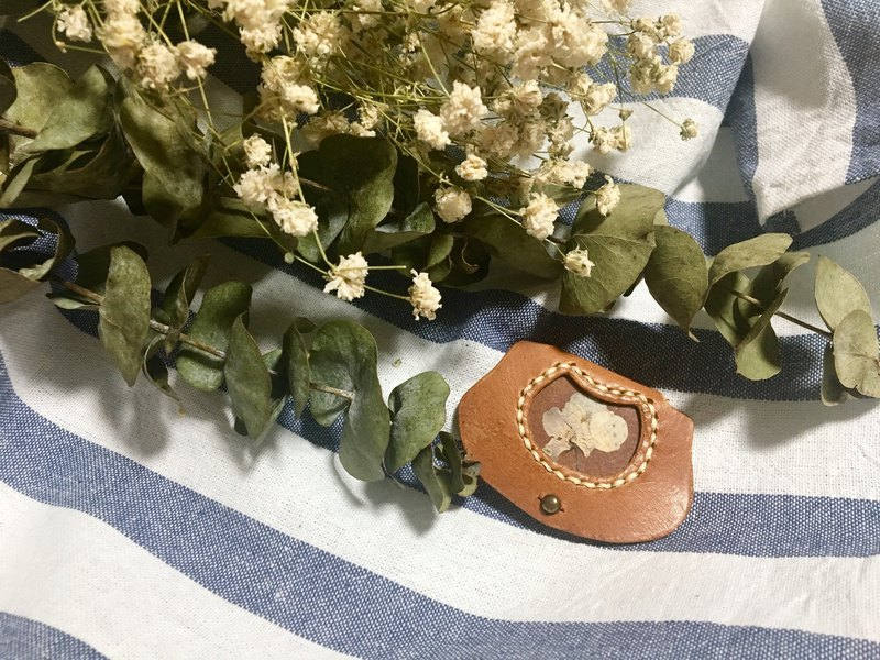 Dry Flower Leather Winder (Light Brown)