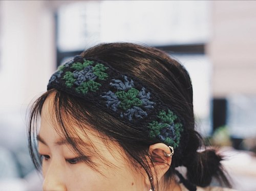 (Blue and green) Wenqing hook woven grandmother grid retro style headband / hair band - hand production
