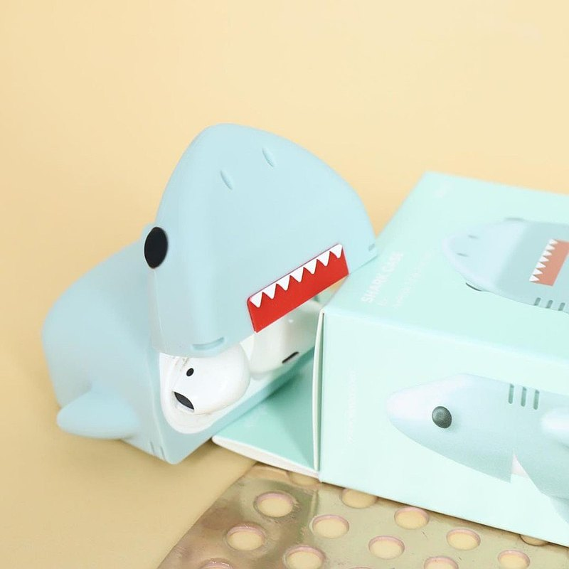 Elago Apple AirPods 造型扣環保護套 鯊魚款 一二代適用