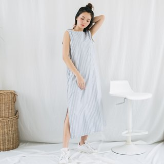 Sleeveless Maxi Dress - Light Gray