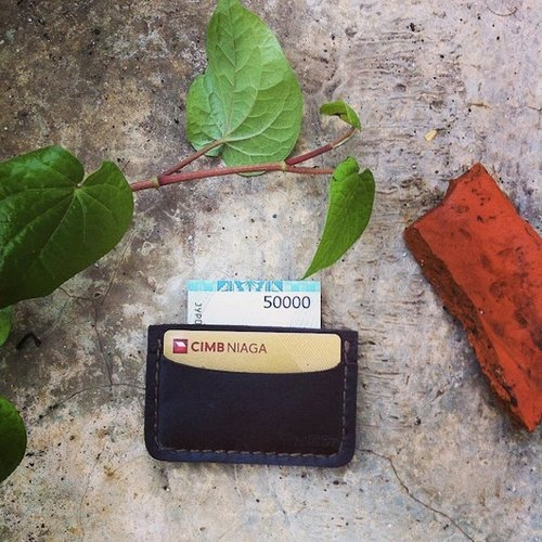 ID SLIM WALLET COLOR DARK BROWN