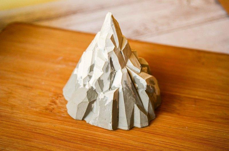 幾何形 冰山 雪山 水泥擺飾 擴香石 紙鎮 戒臺 情人節 畢業禮物