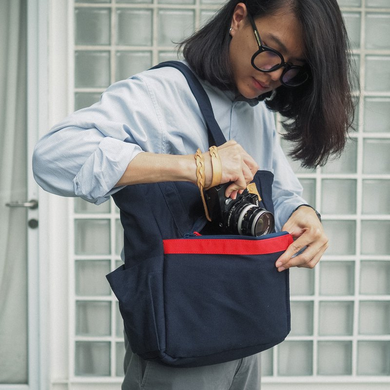 Bokeh Camera Bag : Mini Tote Navy