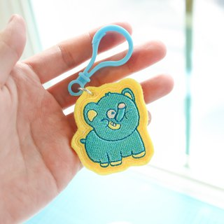 [snoring elephant class] a small amount of charm key ring buckle embroidery cloth chapter armband