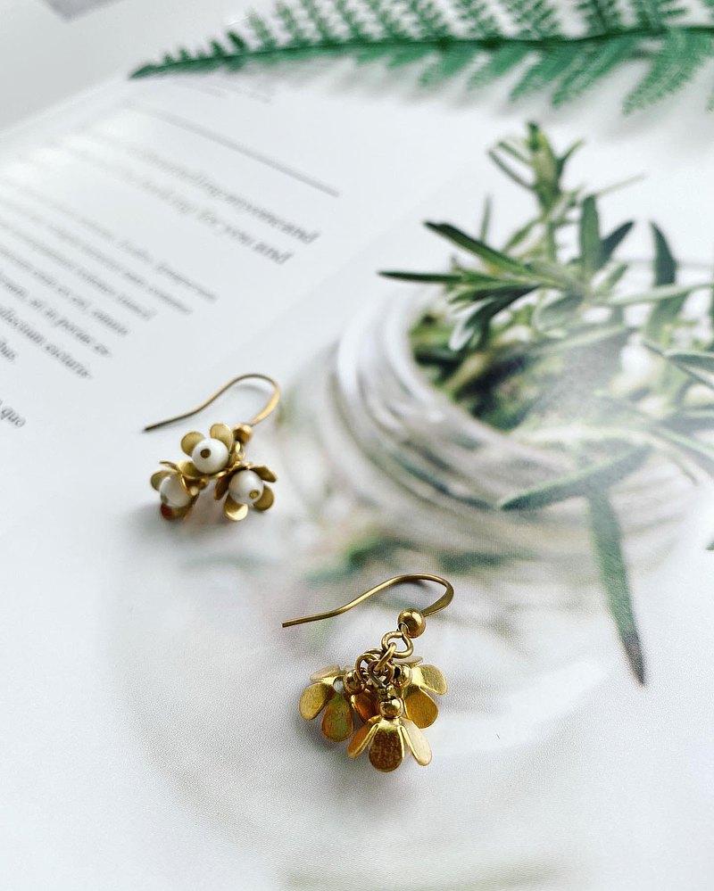 黃銅耳環 | 白松石 | 水晶   耳針 / 耳夾