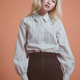 Lotus leaf collar striped shirt - white