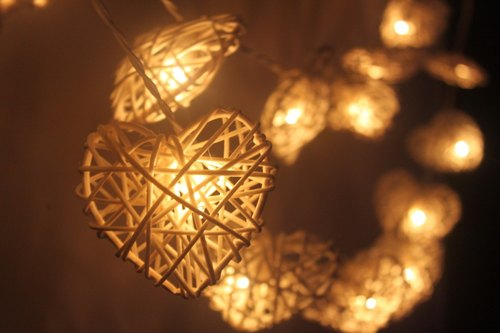 20 White Heart Rattan String Lights for Home Decoration Wedding Party Bedroom Patio and Decoration