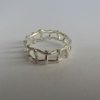 Window silver ring