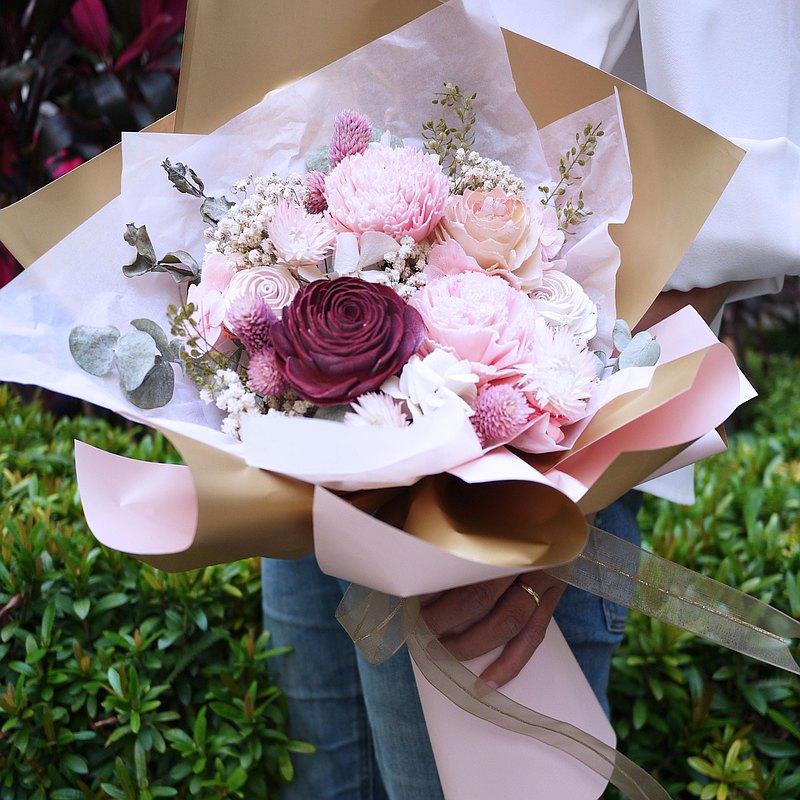 浪漫粉乾燥花包裝花束 l 情人節 l 母親節 l 畢業季