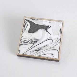 Marble pattern copper print and wooden brooch Black