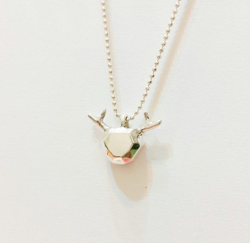 【聖誕節】麋鹿 多角面設計(半面立體) 純銀項鍊 / 鎖骨鍊 / 聖誕節 / 交換禮物 / 紀念日/情人節