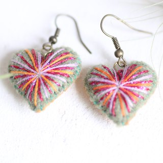 Green Heart earrings - Plumped hearts embroidered with pink lame threads