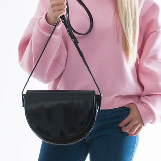 WAVE crossbody bag black patent leatherette