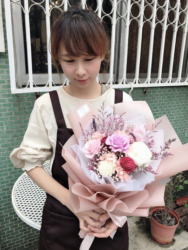 小巷莫兒 永生花 乾燥 花束。優雅知性粉紫系 包裝花束。