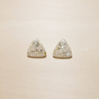 [E1022] Vintage Shell Sequined Triangle Earrings