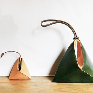 60 ° Triangle handbag
