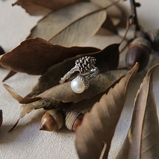 [Love] Petite Fille handmade silver pinecone acorn Life Silver Ring