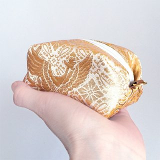 Pouch with Japanese traditional pattern, Kimono (Small) [Brocade]