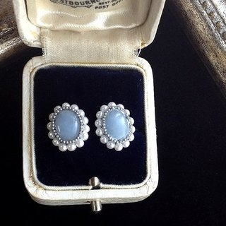 14 kgf Angelite AAA and vintage pearl oval pierced earrings 耳針