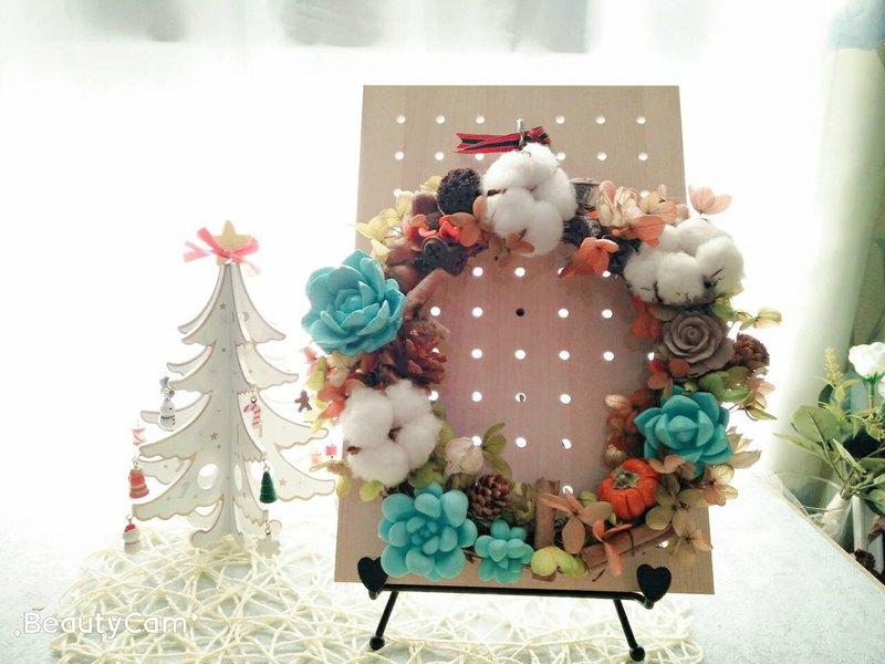 冬日聖誕花圈 (多肉是擴香石)