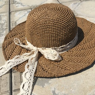 The annual ring of memories. Hand-woven summer sunshade straw hat