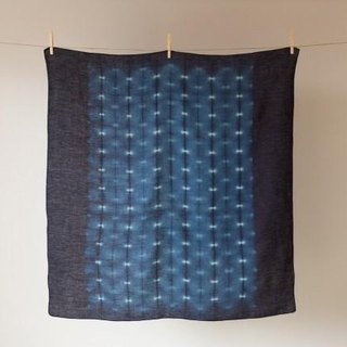 The indigo dyeing hemp wrapping cloth (firefly)